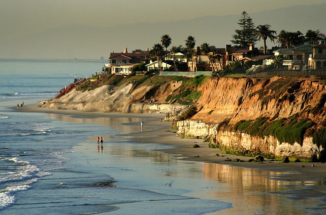 Carlsbad, San Diego, California. Via San Diego Scenic Photos.