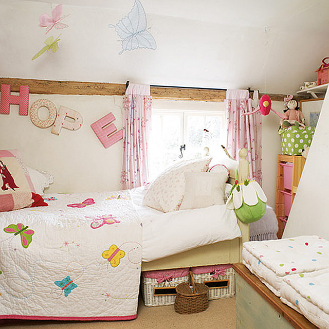 Cottage of the week english country cottage home bunch interior design ideas - Images of cute kids bedrooms ...