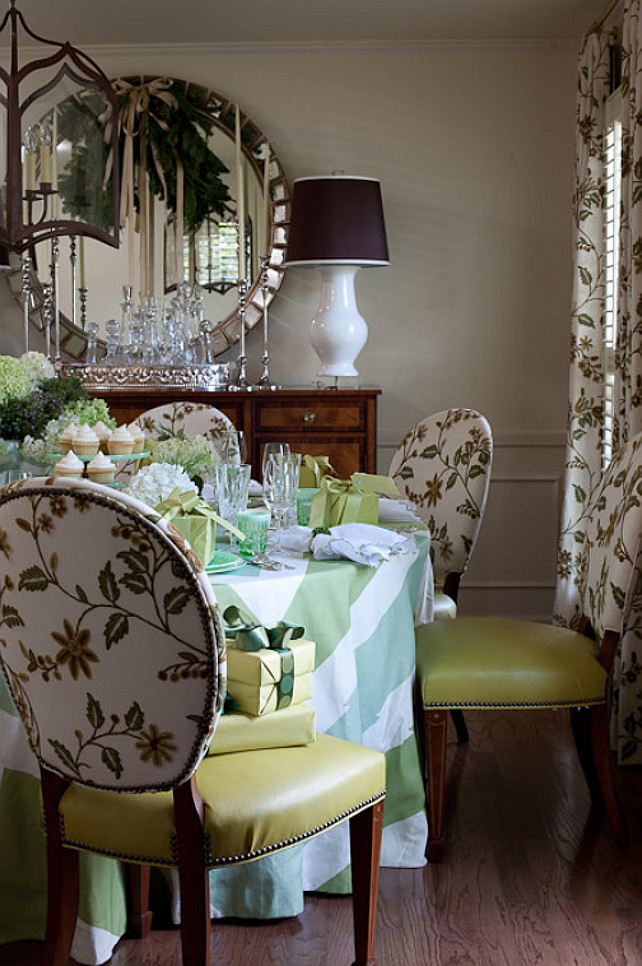 Interior design ideas home bunch for Holiday dining room decorating ideas