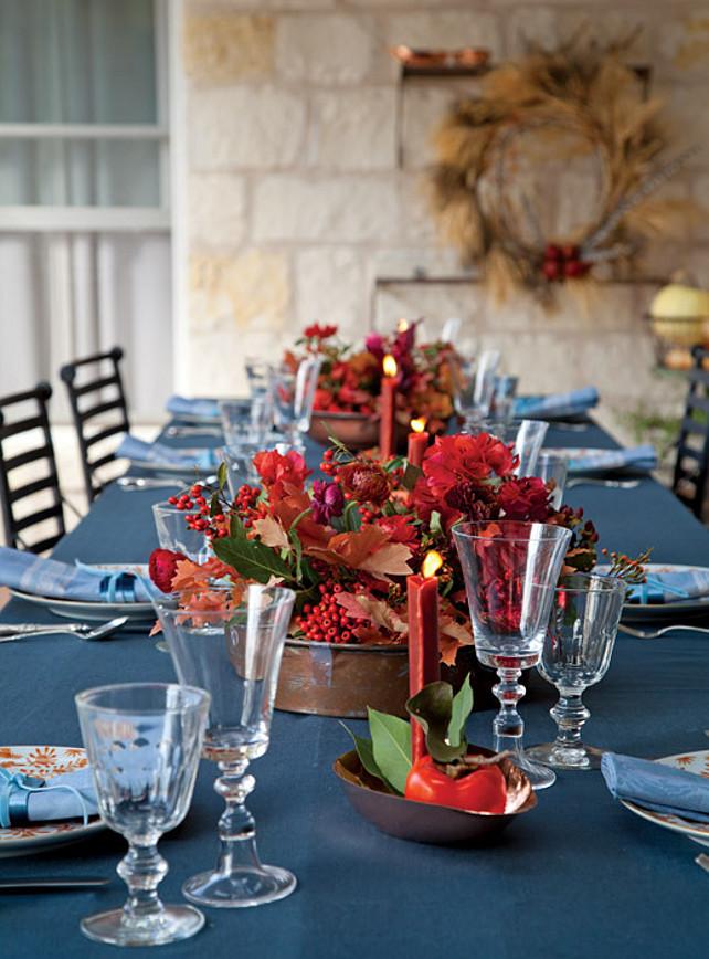 Christmas Table Decor Ideas. #ChristmasTableDecor  Via Victoria Magazine.