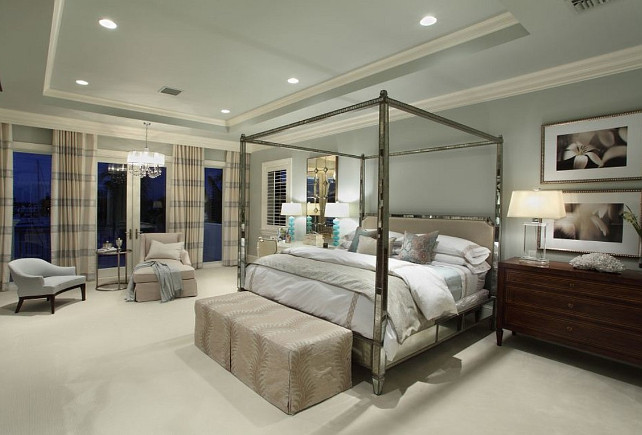 Bedroom Design. Chic Bedroom design with mirrored bed. #BedroomDesign