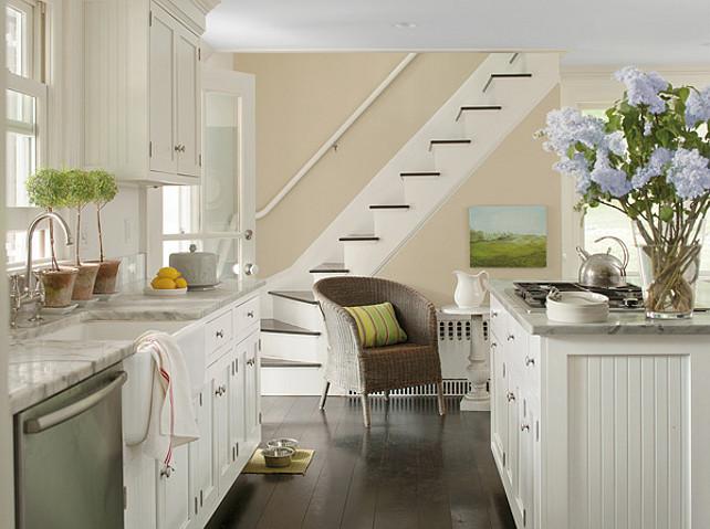 Interior design ideas home bunch interior design ideas for Benjamin moore clay beige living room