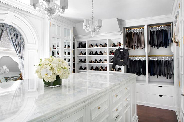 Closet. Closet with Island. Walk-in Closet. Closet Cabinet #Closet #ClosetIsland #ClosetCabinet  Brooks & Falotico