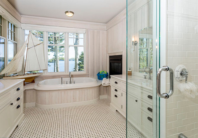 Coastal muskoka living interior design ideas home bunch for Coastal bathroom design