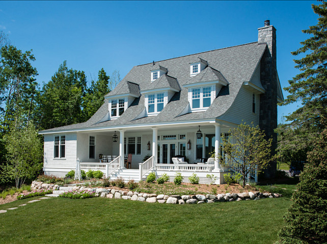 traditional lake house coastal home with traditional interiors home bunch 71222