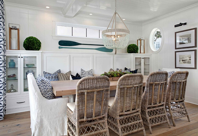 Beach House with Inspiring Coastal Interiors - Home Bunch ...