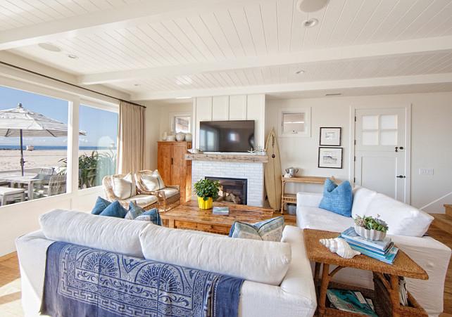 Coastal Interiors. Blue and white coastal interiors. #CoastalInteriors #Coastaldecor