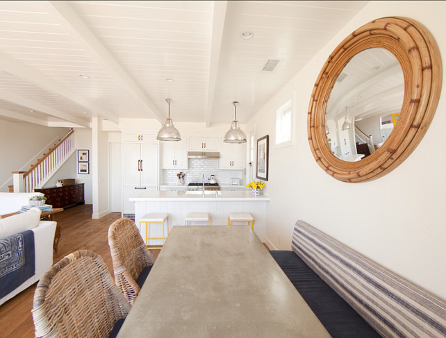 Coastal Kitchen. Easy decorating ideas for coastal kitchens. #CoastalKitchen #Coastal #Kitchen #KitchenDesign