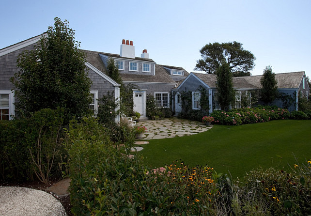 Cottage. Shingle Cottage. Exterior Shingle Cottage. Exterior Nantucket Shingle Cottage. #ShingleCottage  Jonathan Raith Inc..