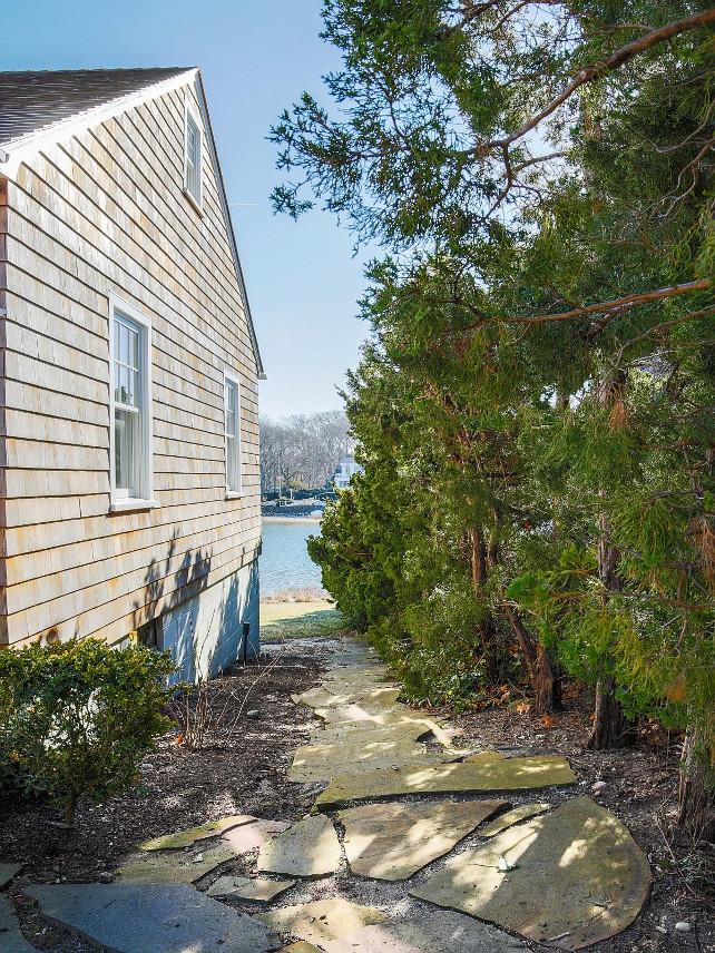 Cottage. This Sag Harbor cottage needs some TLC but it's a gem! #Cottage #SagHarbor