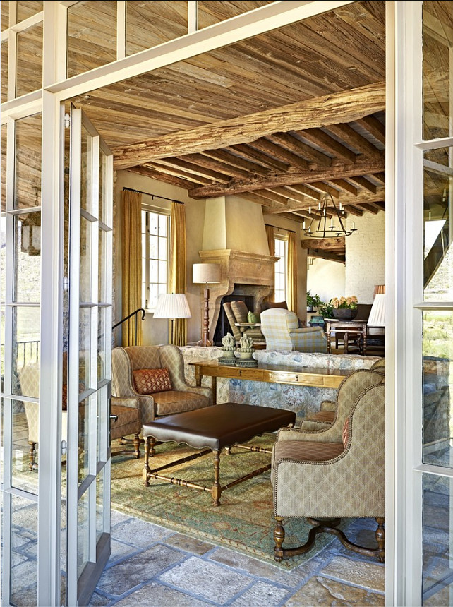 Rustic French Inteiors. I am in love with the interiors of this Rustic French Home. Gorgeous! #Rustic #French #Interiors