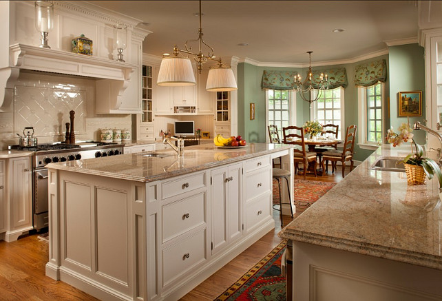 Traditional Kitchen. This traditional kitchen has a timeless appeal. #Traditional #Kitchen #TraditionalKitchen