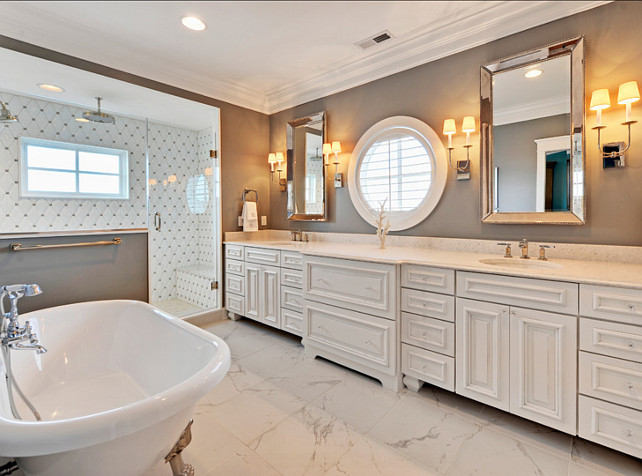 Gray Bathroom Design. Gorgeous gray bathroom! #Interiors #HomeDecor
