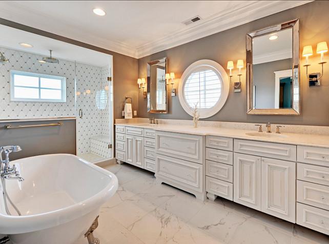 Gray Bathroom Design. Gorgeous gray bathroom! #Interiors #HomeDecor