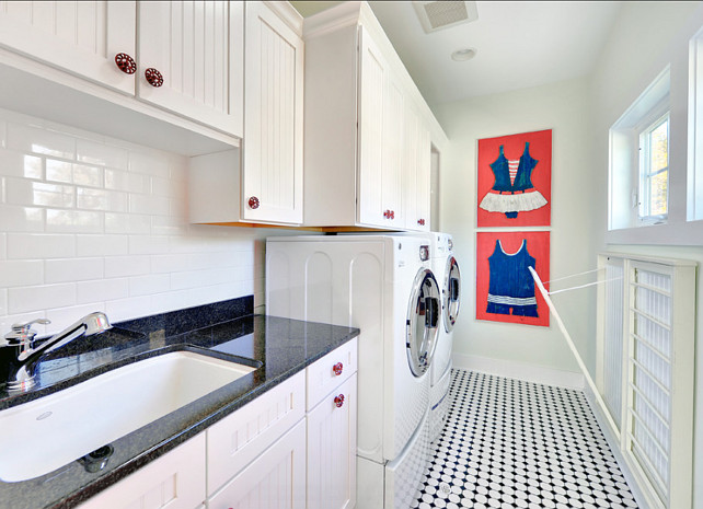 Laundry Room. Coastal Laundry Room Design. This coastal laundry room is simple but gorgeous! Easy to replicate! #CoastalLaundryRoom #LaundryRoom #CoastalDecor