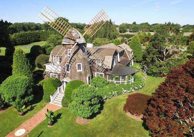 Edward DeRose Windmill Cottage c. 1885. Christie's Real Estate.