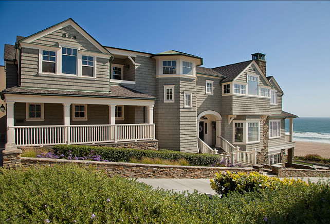 Shingle style beach house. #BeachHouse #ShingleHomes