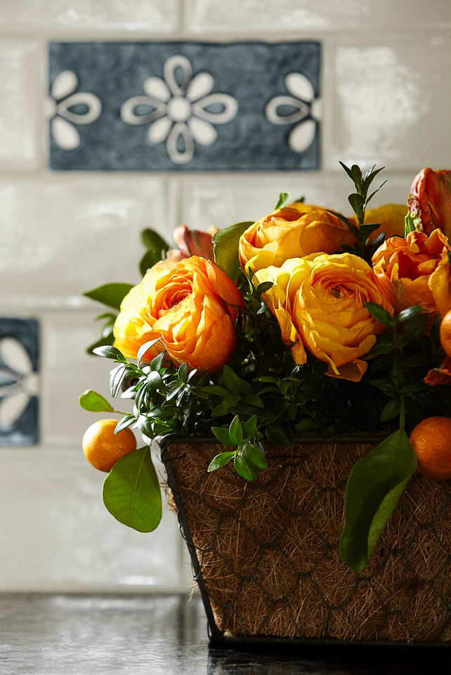 Fall Decor Ideas. Kitchen Fall Decor. #FallDecor Heidi Piron Design.