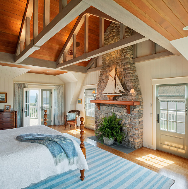 Beach Cottage Style Adding Color To Coastal Style: Small Shingle Beach Cottage Design