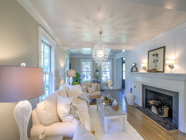 Fireplace Reno. Fireplace reno ideas. How to update your fireplace. #fireplace #FireplaceReno Sotheby's Homes.