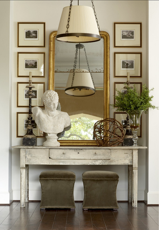 French Interiors. Many inspiring ideas for French interiors. French Vignette #FrenchInteriors #French #Interiors #HomeDecor