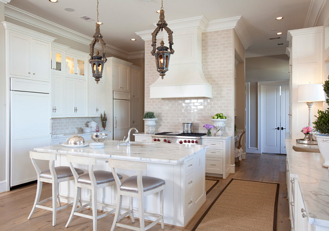 French Kitchen. White French Kitchen. White French Kitchen with Calacutta marble. #FrenchKitchen #WhiteFrenchKitchen Dodson Interiors