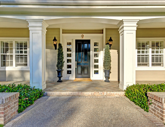Front Door Ideas. Front Door Paint Color Ideas. Front Door Paint Color. #FrontDoor #FrontDoorPaintColor #FrontDoorIdeas #FrontDoorDecor Via Sotheby's Homes.