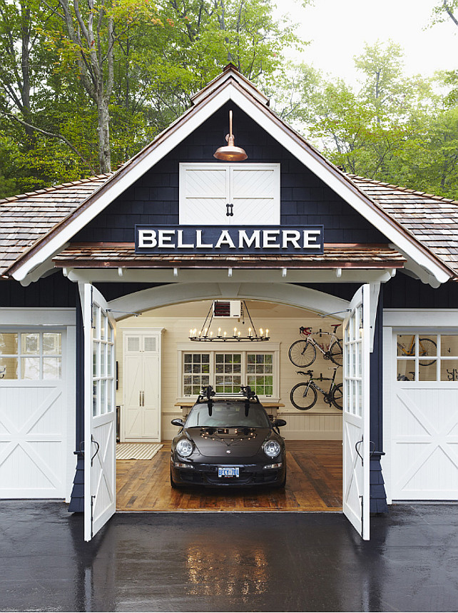 Trendy lake cottage home bunch interior design ideas for Garage cottage