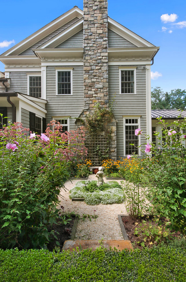 Garden Design. Graden Ideas. Traditional Garden Ideas. #Garden #TraditionalGarden #GardenIdeas  Significant Homes LLC.