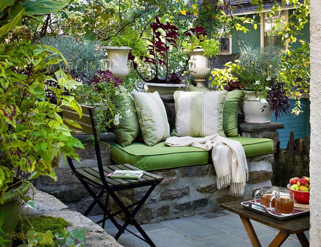 Garden Ideas. Patio Garden Plantas. Patio Garden Landscaping Ideas #Plants #Garden #Landscaping #Patio #PatioPlants Francis Dzikowski Photography Inc.