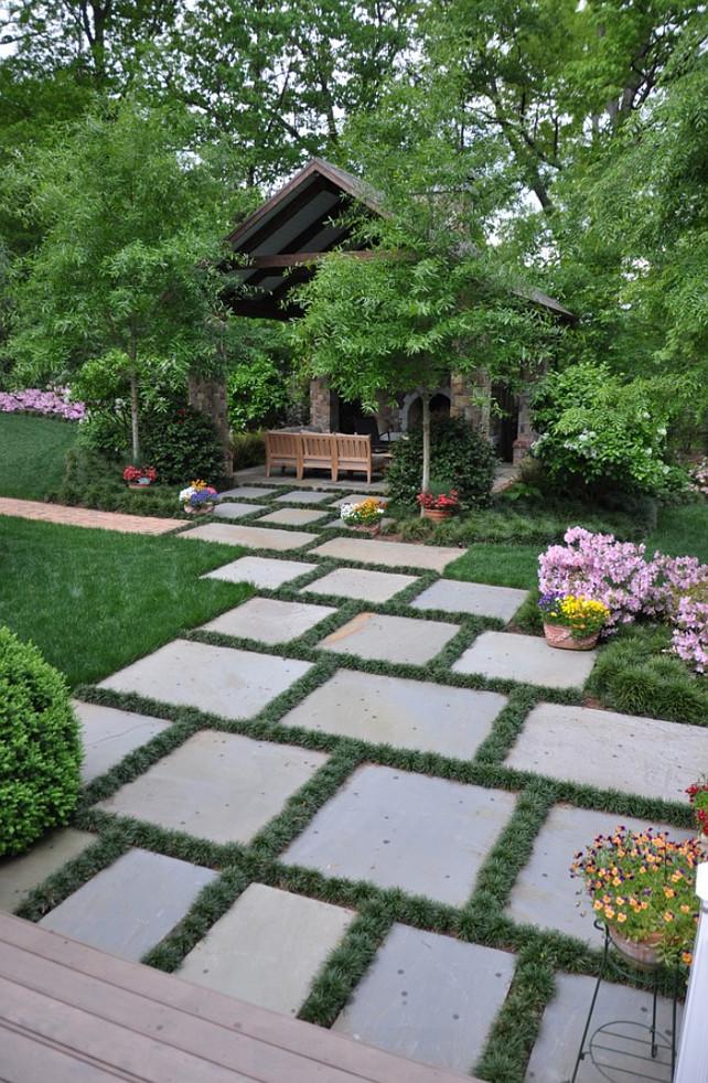 Coastal Homes Interior Design Ideas - Home Bunch on Backyard Ideas Concrete And Grass id=56194