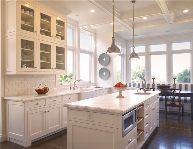 Kitchen. This kitchen has everything anyone can wish for: white cabinets, white marble countertop and porcelain white subway tiles. What a classic design! #Kitchen