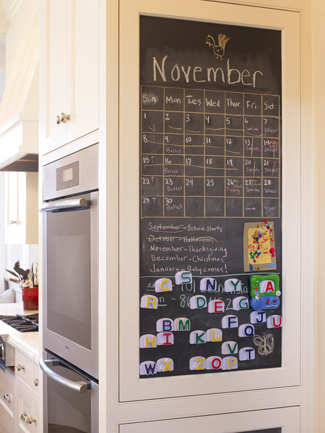 Kitchen Cabinet Ideas. I am loving the idea of adding a chalk board on the kicthen cabinet. Great idea! #Kitchen #Cabinet #ChalkBoard #KitchenDesign