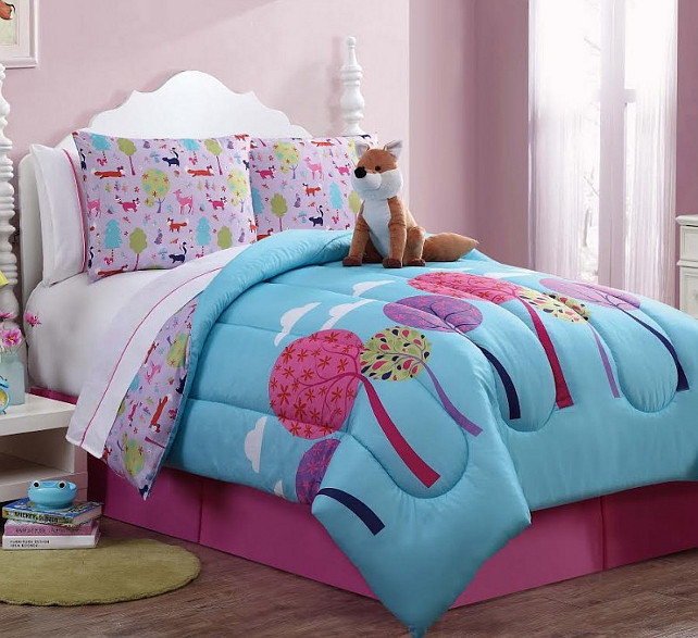 Girls Bedding. Fun bedding for kids. Maple Harbour.