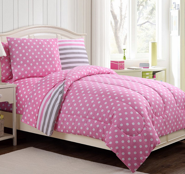 Girls Bedding. Polka-dot-Bedding #PolkaDotBedding Maple Harbour.
