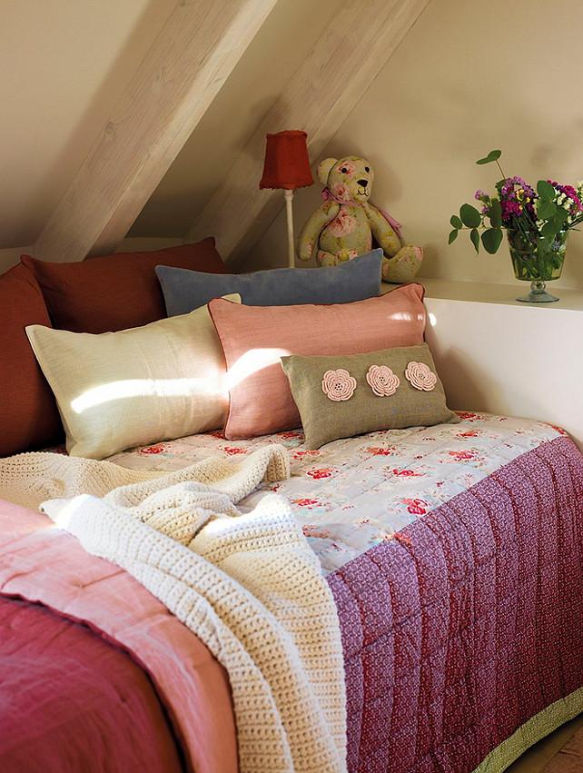 Girl's Bedroom Design. Girl's Bedroom Design Ideas. Girl's Bedroom Decor. #GirlBedroomDesign