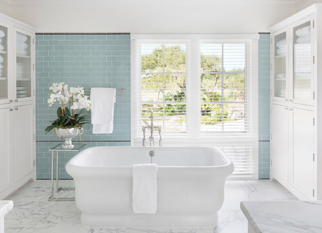 Glass Tiles. Bathroom Glass Tiles. Bathroom Glass Tile Ideas. Glass Tiles. #GlassTiles Clemens Bruns Schaub