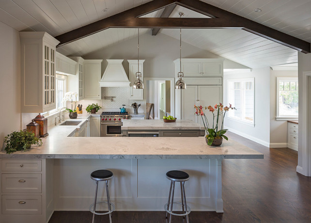 Granite Super White. Super White Granite Countertop. The countertop in this kitchen is Super White Granite. #SuperWhiteGranite #Granite #SuperWhite #Countertop Brownhouse Design.