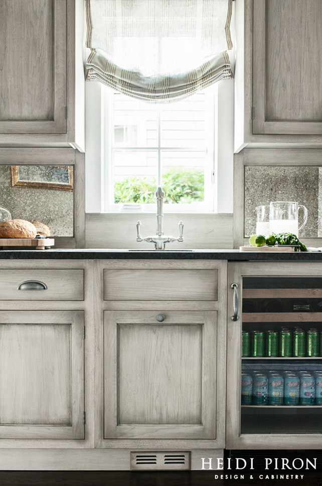 Transitional beach house kitchen style home bunch for Gray kitchen paint ideas