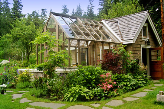 Beach house home bunch interior design ideas for House plans with greenhouse attached