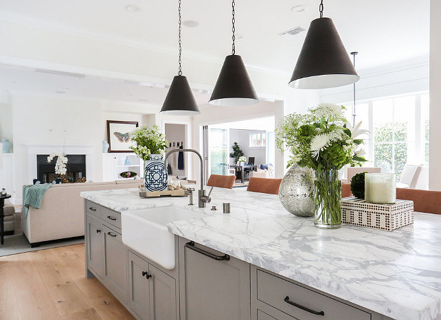 Grey and white marble top island. Kitchen with grey and white marble top island. #Greyandwhitemarble #Kitchenisland