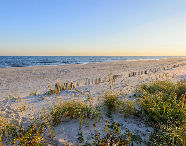Hamptons Beach. #Summer #Hamptons #Beach Via Sotheby's Homes.