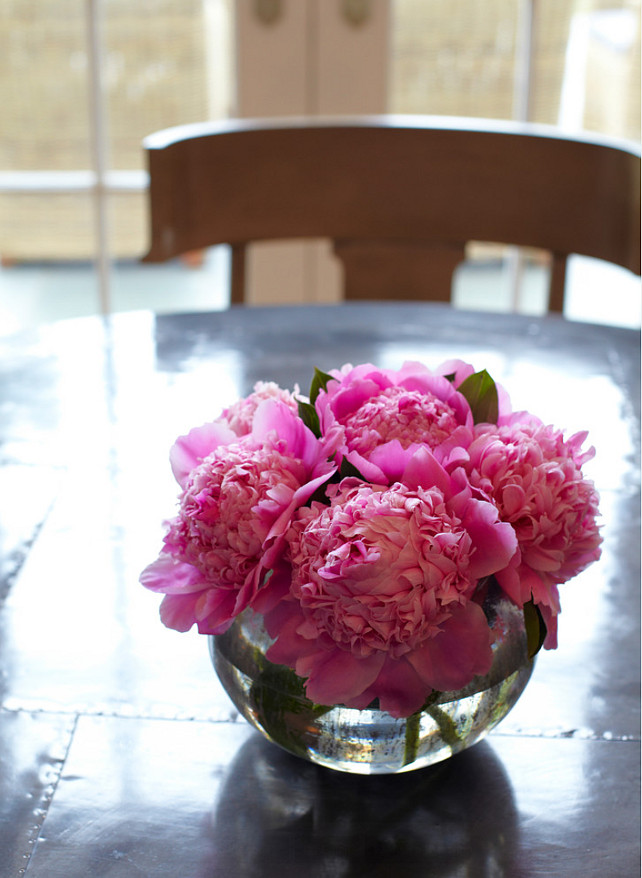 Home Decor Ideas. Detail of zinc top table and Klismos chairs with the best home decor fresh flowers! #HomeDecorIdeas
