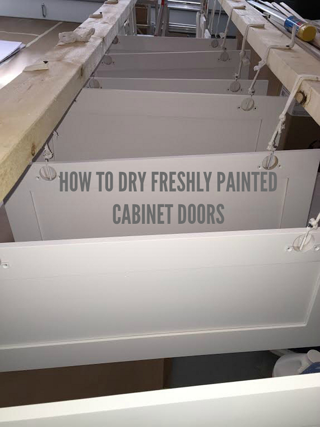How to Dry Freshly Painted Cabinet Doors #HowtoDryPaintedKitchenCabinet