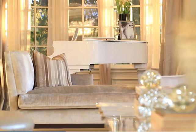 Jennifer Lopez House Interior Photos. #JenniferLopezNewHouse