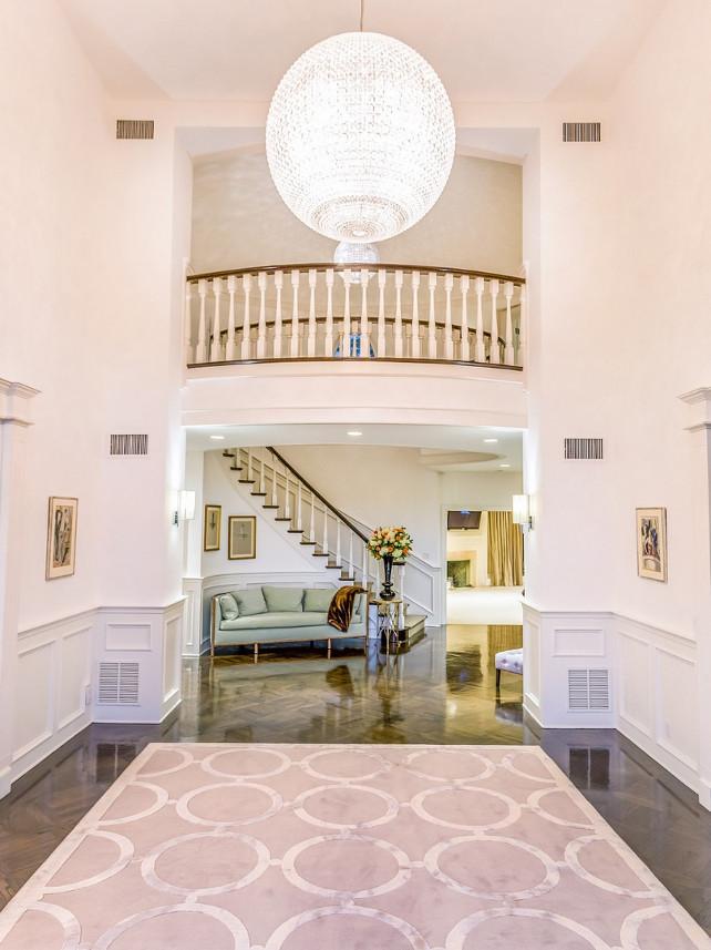 Jennifer Lopez House Interiors #JenniferLopez #Foyer #JenniferLopezHouse