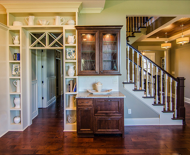 Beautiful family home with open floor plan home bunch for Kitchen plans with butlers pantry
