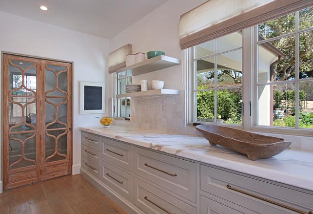 Kitchen Calacatta gold marble. Kitchen with Calacatta gold marble countertop. The Kitchen countertop is Calacatta gold marble. #kitchenCalacattagoldmarble #kitchen #Calacattagoldmarble