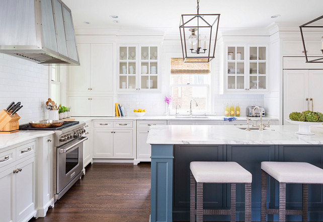Kitchen Hardware Ideas. This Hardware was purchased through the local showroom called Nob Hill and was ordered in a White Light Finish. #Kitchen #Hardware #Cabinet Martha O'Hara Interiors.