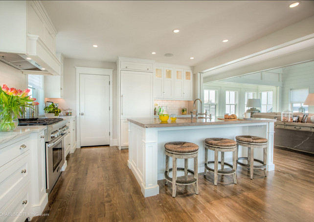 Kitchen Ideas. Great White kitchen design. #Kitchen #WhiteKitchen